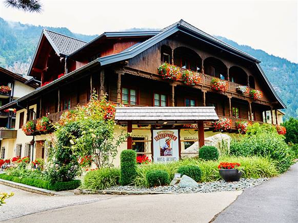Hotel Familiengut am Millstättersee in Döbriach